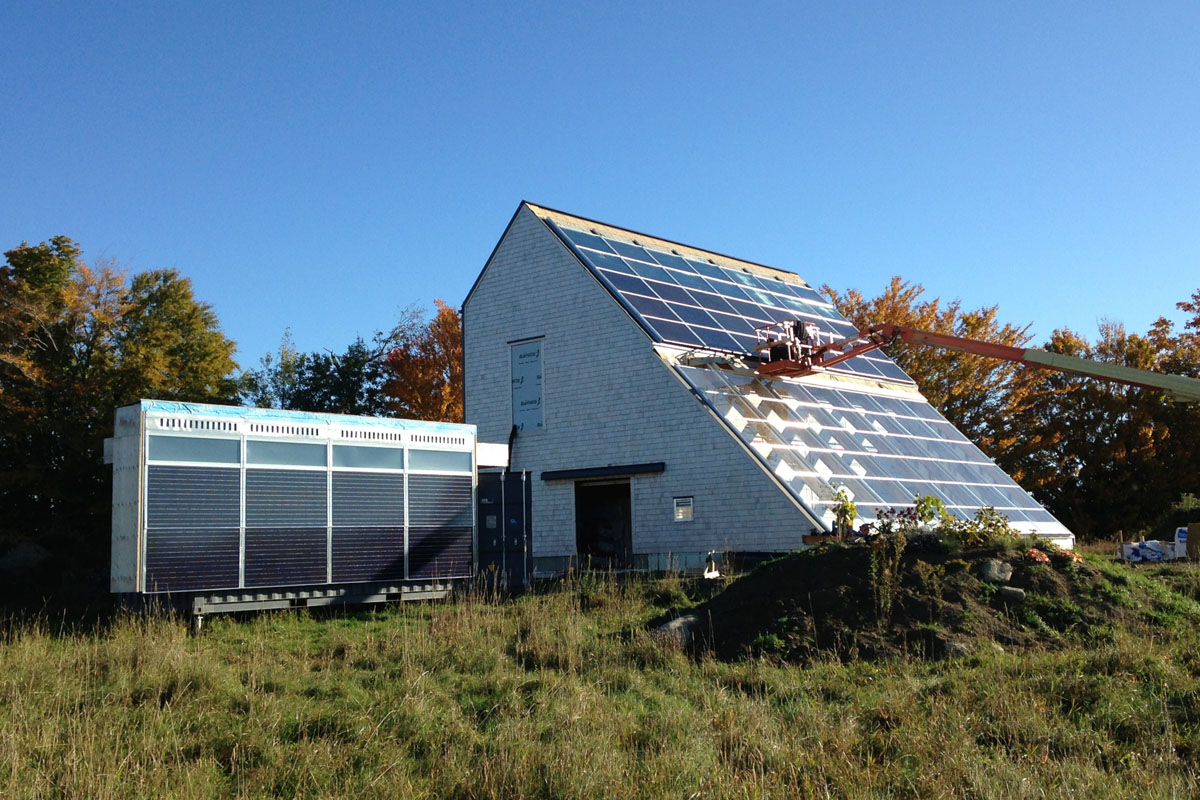 Off Grid Greenhouse : Off grid greenhouse with bipv t energy system montreal zero